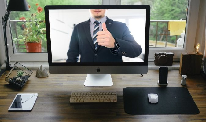 A virtual assistant on a computer screen